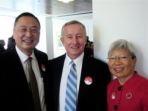 Dr. Gerald Chan, Dean Gotto, and Dr. Szeto