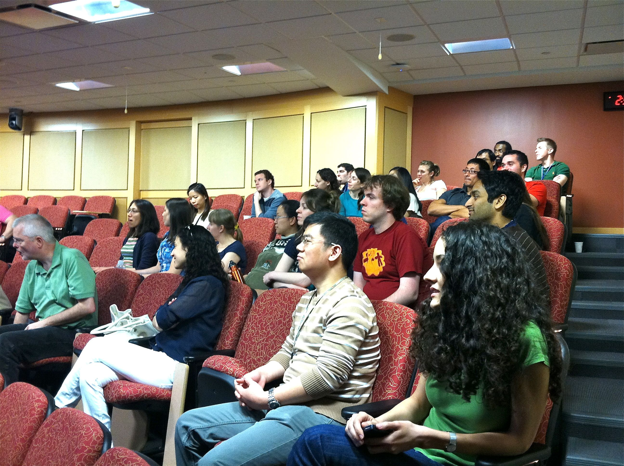 Audience listening at Lundquist's defense.