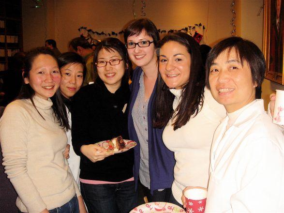 Amy Cheng, Dr. Yana Cen, Dou Yeon Youn, Eleanor Allen, Jessica Falco, and Dr. Ping Xu