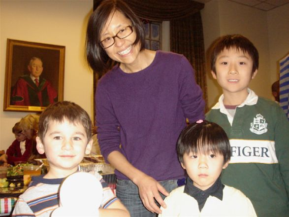 Ethan Willis, Dr. Qiuying Chen and her children