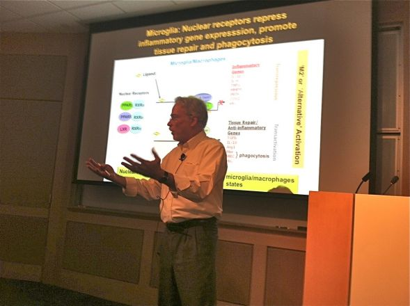 Dr. Gary Landreth, a faculty member at Case Western Reserve, presented his research on November 4, 2014 focused on nuclear receptors and Alzheimer's disease.